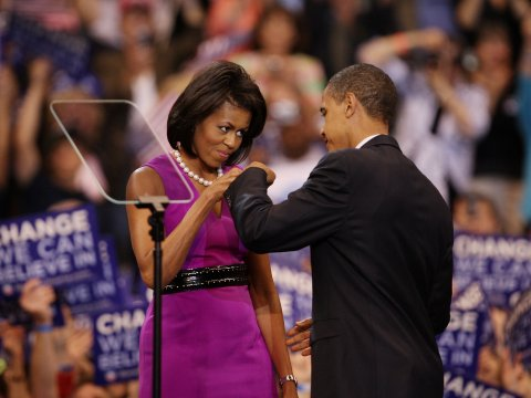 barack-michelle-obama-fist-bump